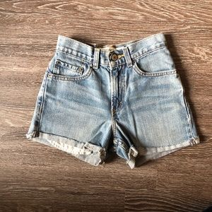 569 Loose Straight Levi's Jean shorts